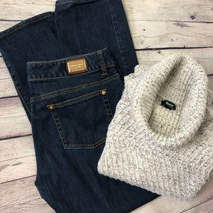 ROOTS Heavy-Knit Turtle Neck Sweater